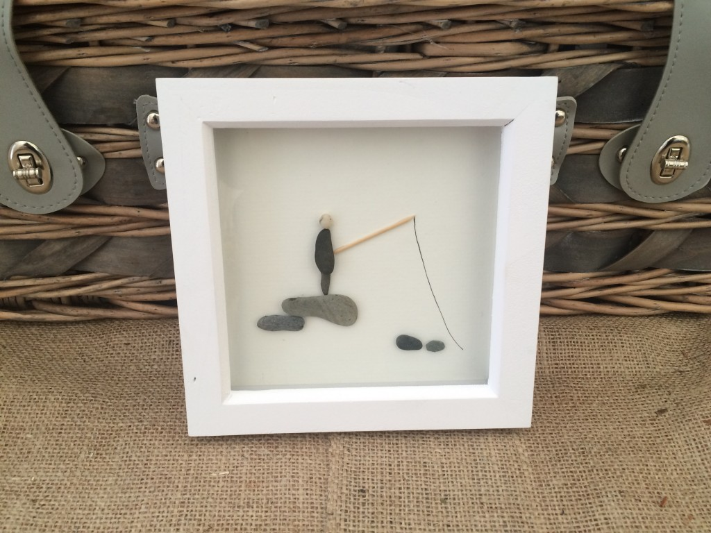 Pebble Art Fishing Out